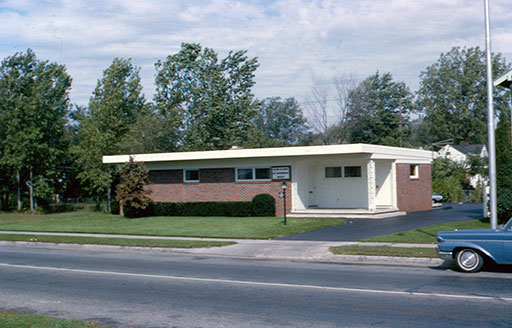 DGW's original dental office on 2316 W. Sylvania Ave in 1963